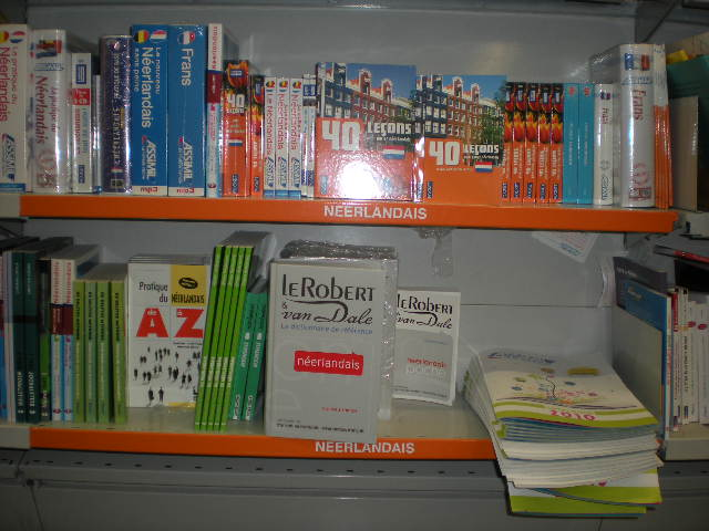 Nederlandse leerboeken, grammatica's en woordenboeken voor franstaligen 100825100621970736631252
