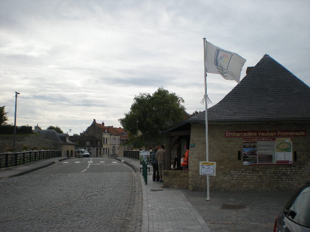 Het Nederlands en het Frans-Vlaams bij de ontwikkeling van het toerisme in Frans-Vlaanderen 100906025800970736701457