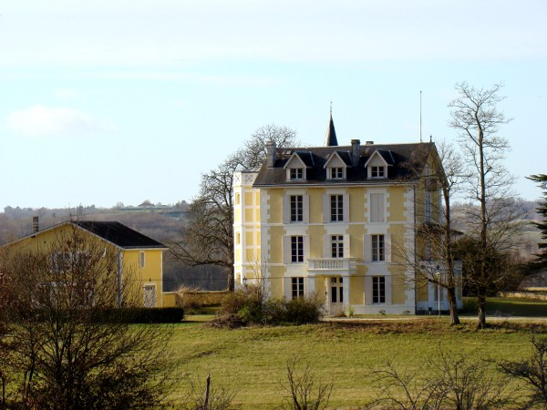 viree10 CEperigu - 24 Vendoire 010 chateau Mirador