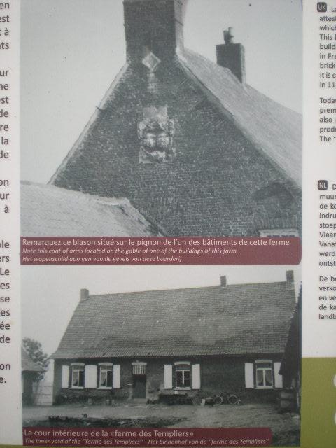 Drietalige & viertalige borden van 'Village Patrimoine' 101003101510970736863999