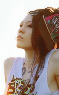 Miyavi (anciennement Miyabi) 101005041051988196870647