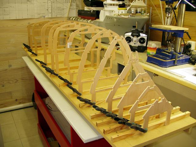 Une nouvelle idée super yacht 70 m le WM70 - Page 4 101006040110535046878517