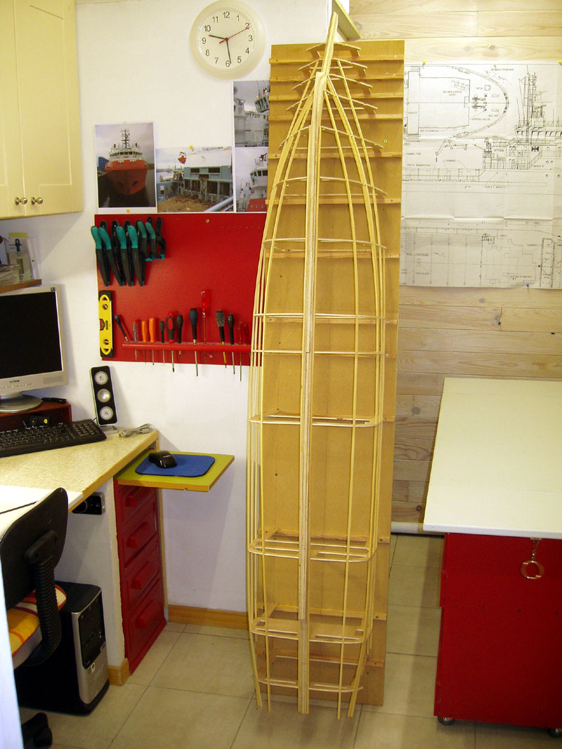 Une nouvelle idée super yacht 70 m le WM70 - Page 5 101016072625535046934380