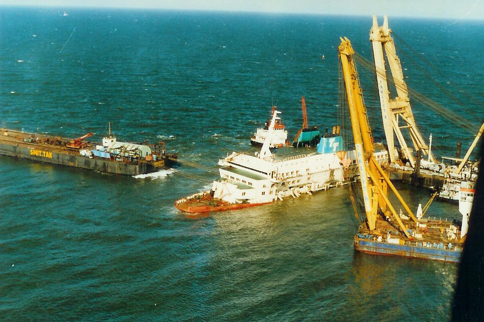 Le drame du Herald of Free Enterprise - Zeebrugge 6/03/1987 - Page 2 1010171114421050246936827