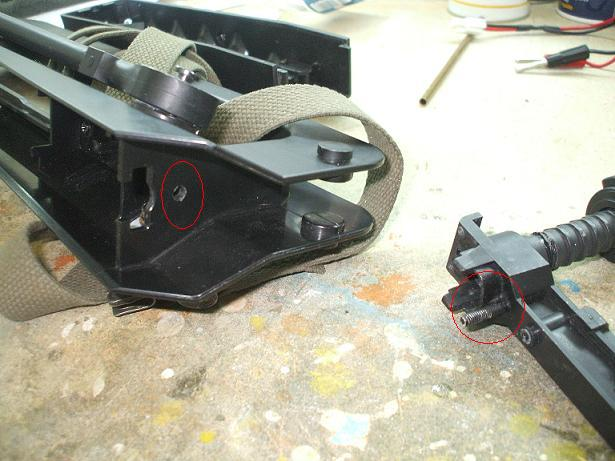 Reparation et renforcement d'un FAMAS (coque) BlackA 101019083054535826953146