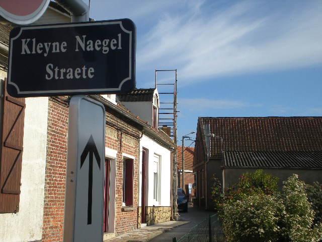 Tweetalige verkeersborden in Frans-Vlaanderen - Pagina 6 101031070938970737030585