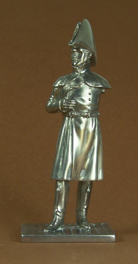 Hussards suite: Officier du 2ème Régiment en redingote. 101104020423359347053283
