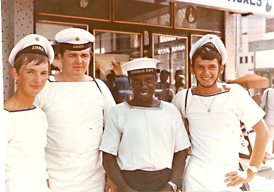A961 ZINNIA voyage en Afrique en 1972 - Page 9 1011120820021095837104413