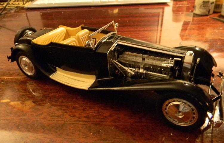 des Bugattis mais Royales! 1011150922411109377124600